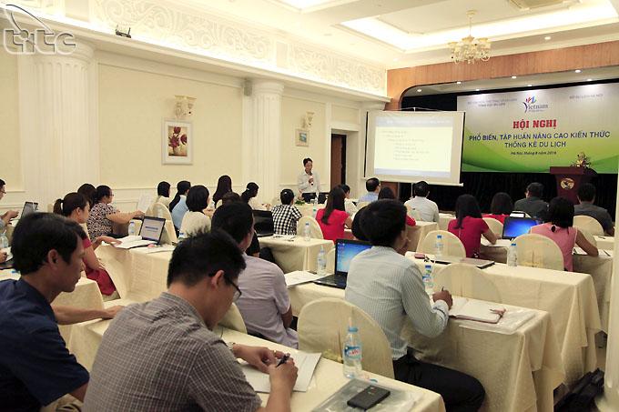 TCDL tổ chức Hội nghị phổ biến, tập huấn nâng cao kiến thức thống kê du lịch tại Hà Nội