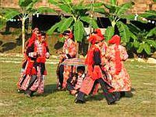 Thăm làng văn hoá Dao với lễ cấp sắc