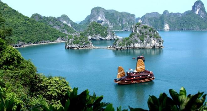 7 địa điểm du lịch không thể bỏ qua ở Quảng Ninh