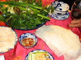Bánh tráng Trảng Bàng (Tây Ninh) - hương vị sương đêm
