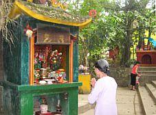 Đền Cảnh Xanh - Ngôi đền độc đáo nhất xứ Tuyên