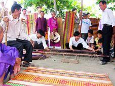 Đà Nẵng: Tôn vinh làng nghề dệt chiếu cói Cẩm Nê
