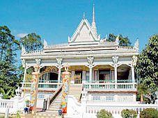 Lễ Phật Đản - Đi Sóc Trăng vãn cảnh chùa