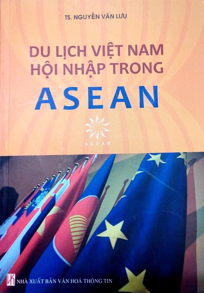 Sách mới: Du lịch Việt Nam hội nhập trong ASEAN