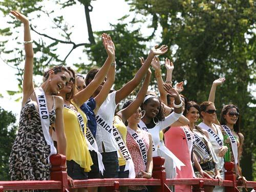 Đi du lịch Nha Trang xem Hoa hậu Hoàn vũ 2008