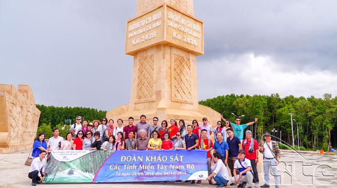 Tổng cục Du lịch tổ chức khảo sát sản phẩm du lịch Tây Nam bộ