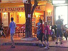 """Khu phố """"Tây""""ở thành phố biển Nha Trang"""