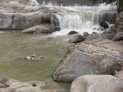 Thác Krông Kmar (Đăk Lăk) êm ả giữa đại ngàn xanh thẩm