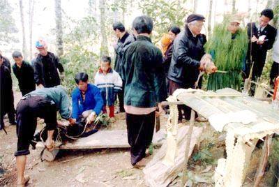 Lễ cúng thần rừng của các dân tộc xã Nàn Ma, Hà Giang