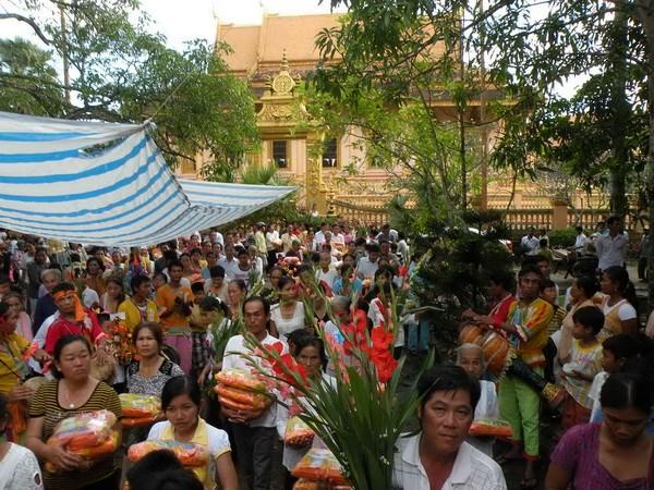 Lễ Kathina đậm nét văn hóa truyền thống của Khmer