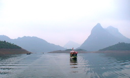 Na Hang - Tiềm năng lớn phát triển du lịch sinh thái
