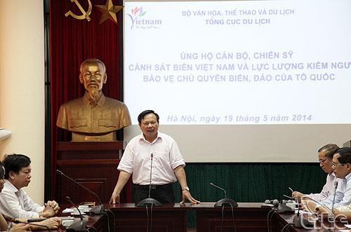 Tổng cục Du lịch đóng góp ủng hộ cán bộ, chiến sĩ cảnh sát biển Việt Nam và lực lượng kiểm ngư bảo vệ chủ quyền biển, đảo của Tổ quốc