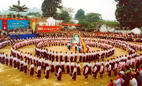Xoè – nét văn hoá đặc trưng của đồng bào Thái